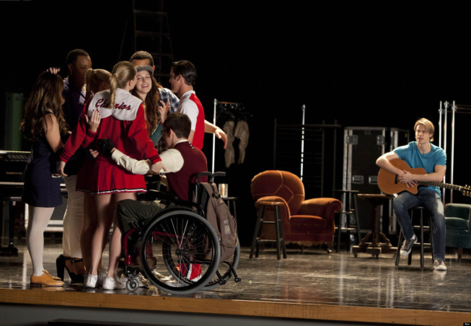 Last Nights Glee Episode Depicts School Shooting, Leaves Audiences Speechless forecasting