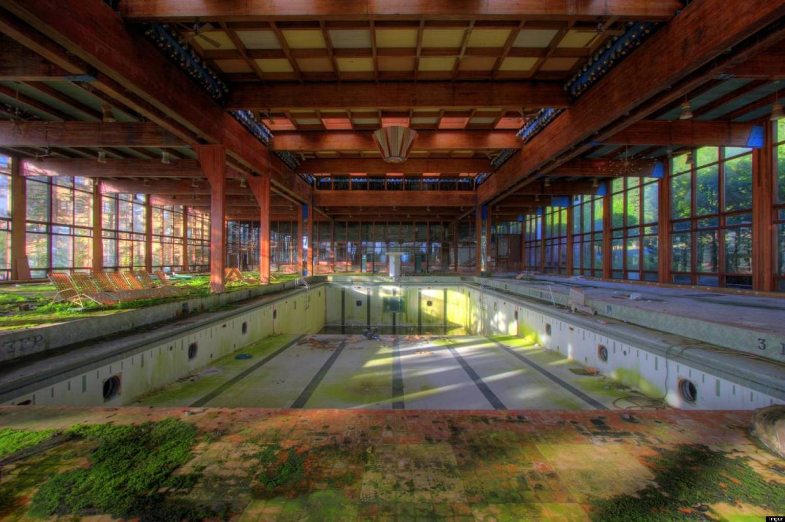 Abandoned places 20 hauntingly beautiful images of for Beautiful in los angeles