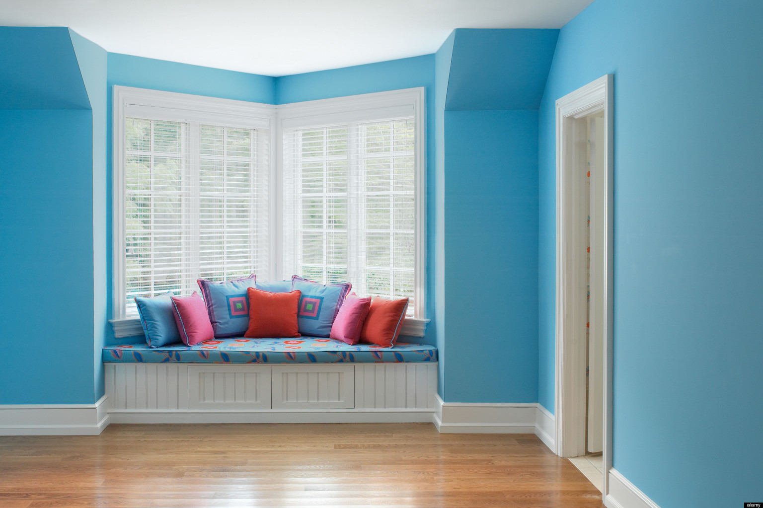 stress reducing colors calming hues to decorate your home with huffpost - Blue Bedroom Paint Colors