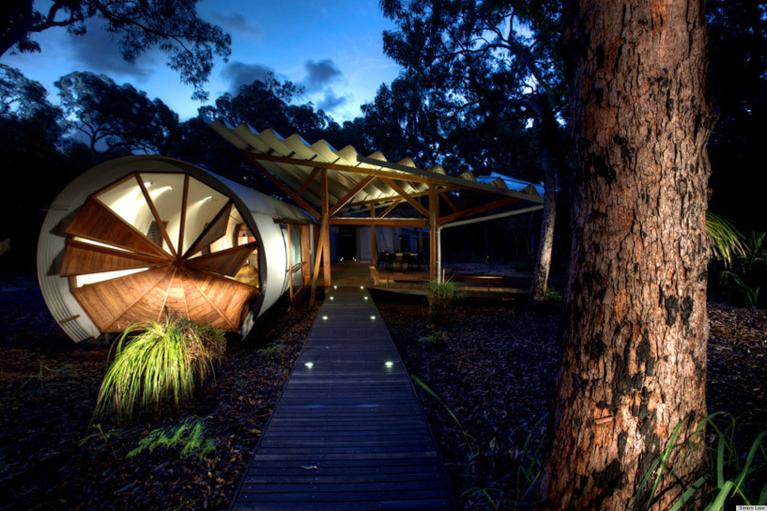 Sustainable house design queensland - Marian And Derek Drew S Australian Beach House Is Inspired By Their Childhood Memories Photos Video Huffpost