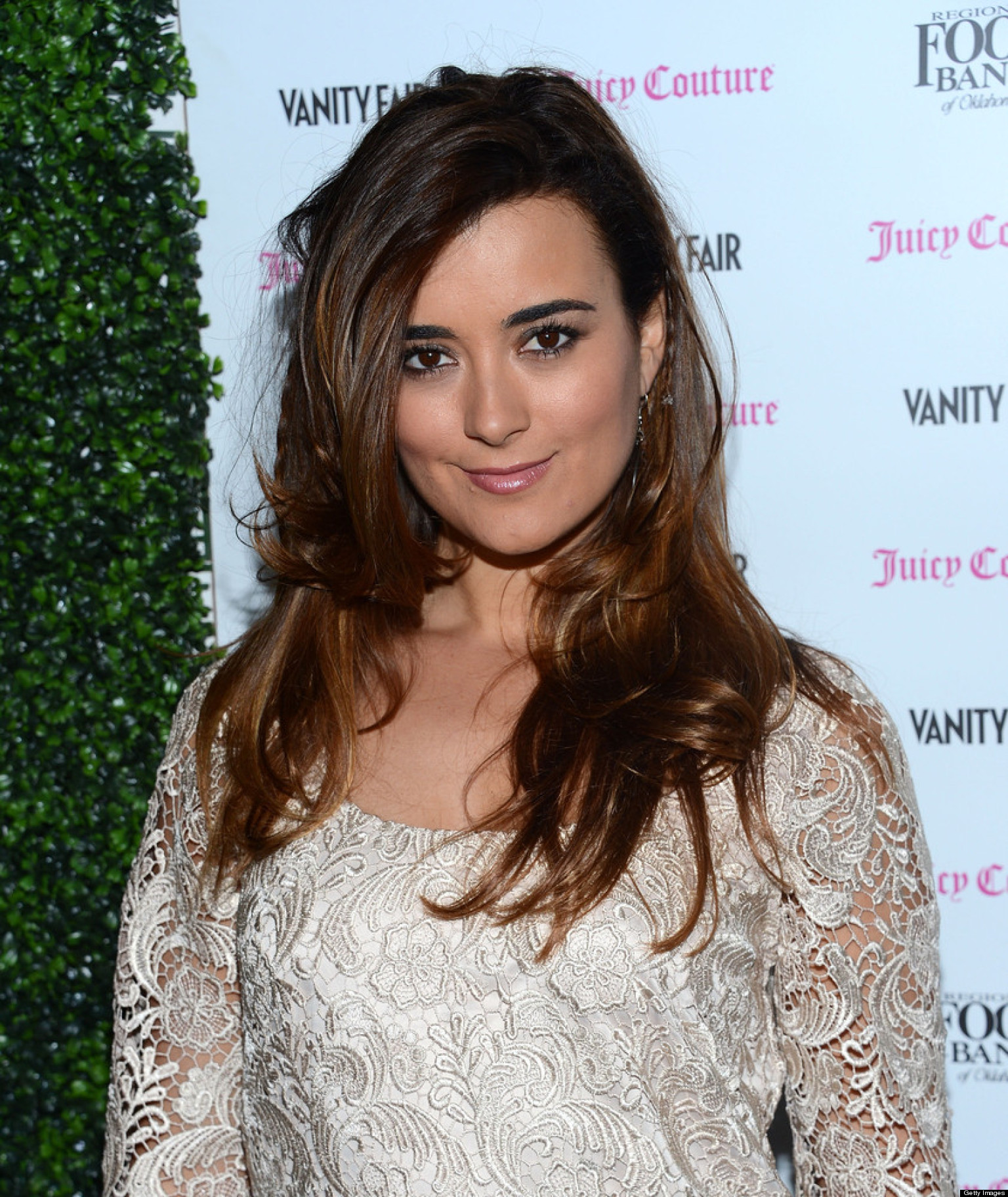 who is cote de pablo dating now On tuesday morning (march 27, 2018) the sun-times reported the 38-year-old actress cote de pablo and her boyfriend, to be shopping for engagement rings naturally, the article sent the facebook and twitter.