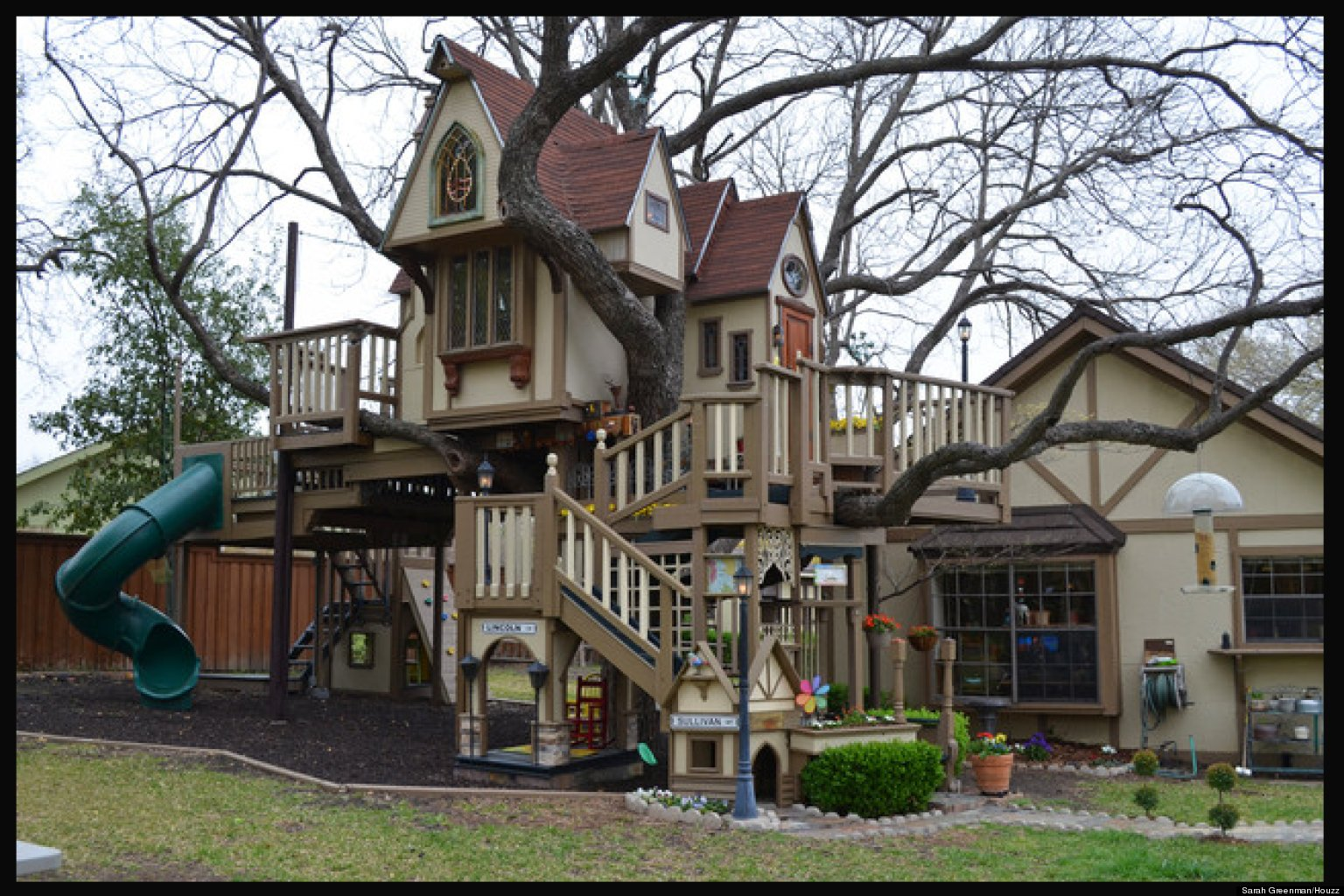 kids tree house. Brilliant Tree Grandparents Build Amazing Treehouse For Grandchildren Neighborhood Kids   HuffPost Intended Tree House