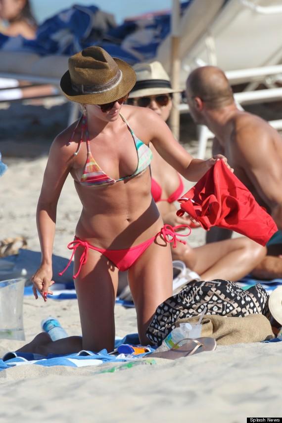 julianne hough bikini
