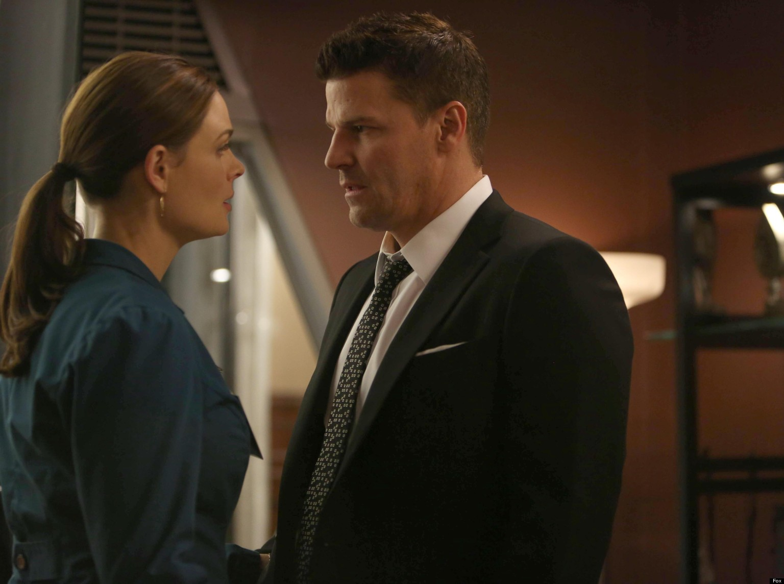 Do Booth And Bones Hook Up