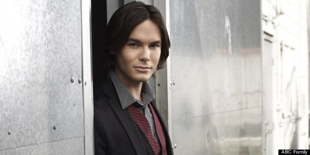 Tyler Blackburn: 'Pretty Little Liars' Star Exits For Spinoff 'Ravenswood'