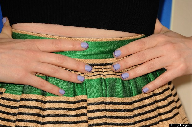 zooeydeschanelnails