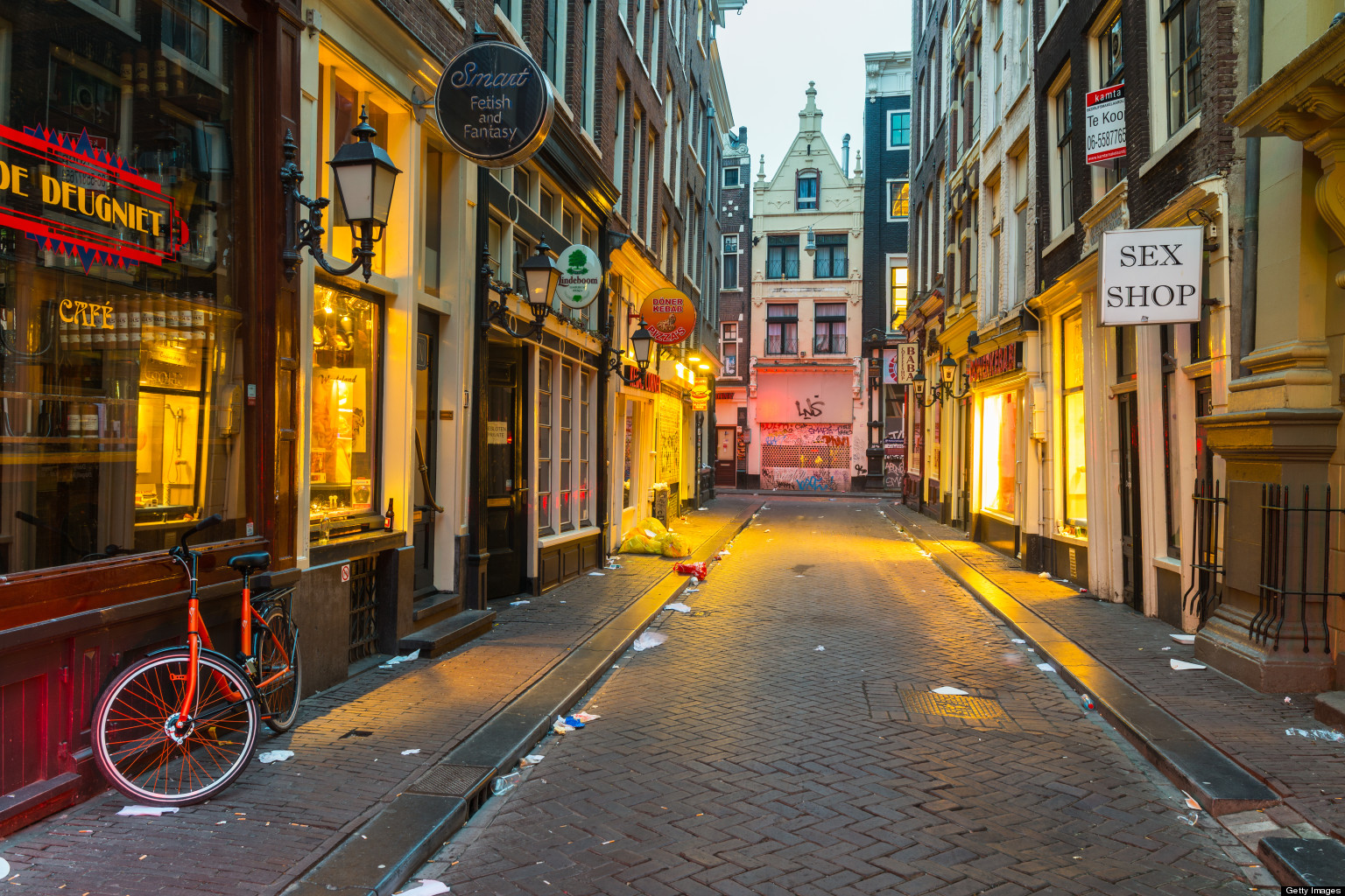 Amsterdam S Red Light District By Night Huffpost