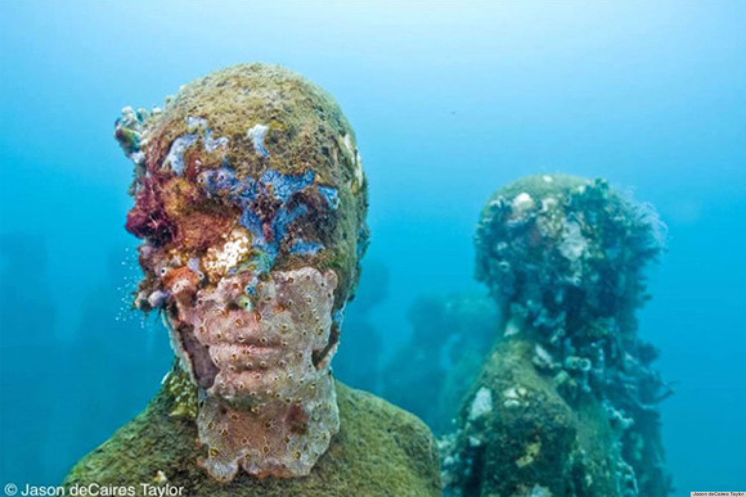 Jason decaires taylor 39 s underwater art installation takes for Another word for ocean floor