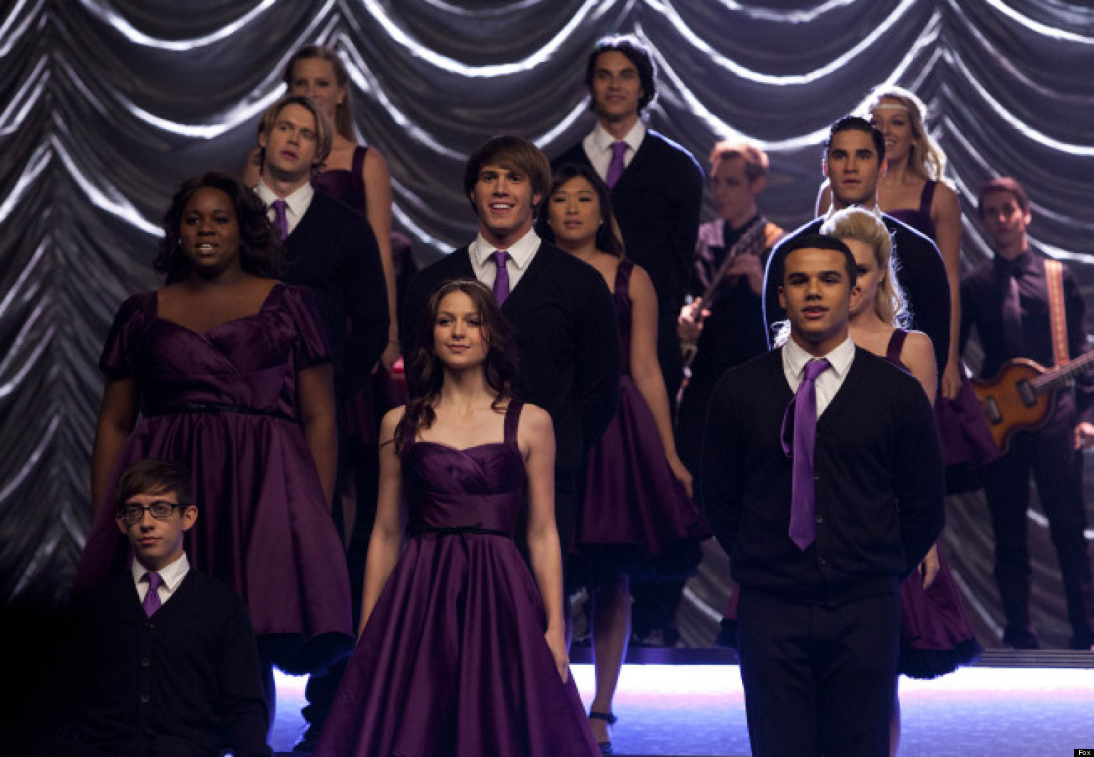 Glee Season Finale Recap Too Many Attempts To Shock In All Or Nothing Huffpost