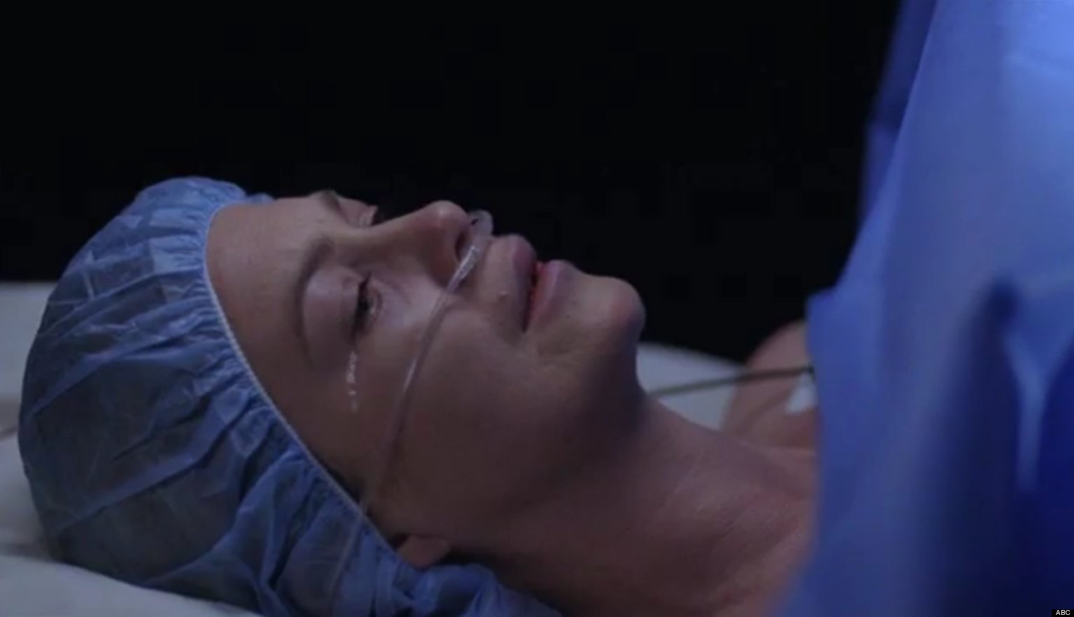 Greys Anatomy Finale Meredith Goes Into Labor And There Are