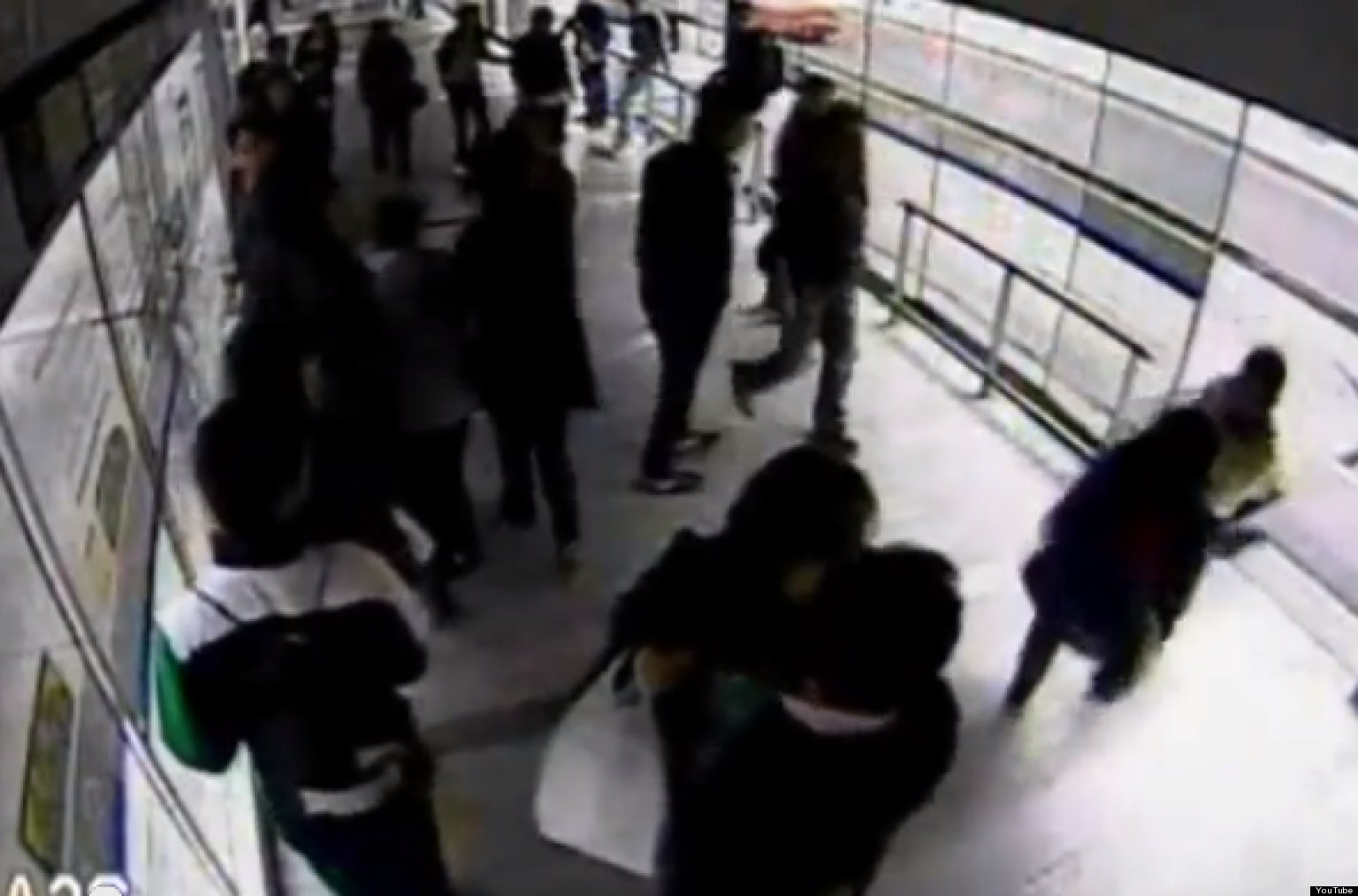 Thief Hit By Bus Immediately After Stealing Phone Video Huffpost