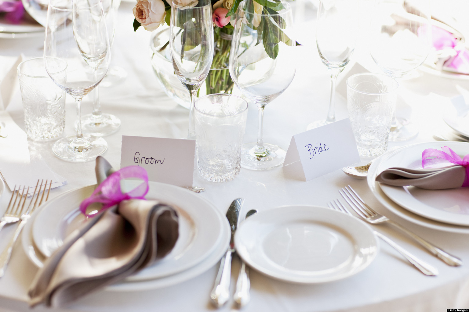 How Catering Works at a Destination Wedding: A Bridal Etiquette ...