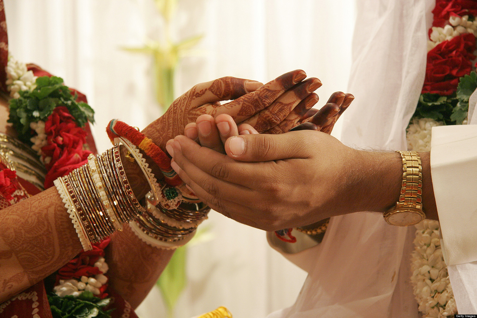 Marriage In India Grooms Required To Prove They Have A Toilet Before Marrying Huffpost