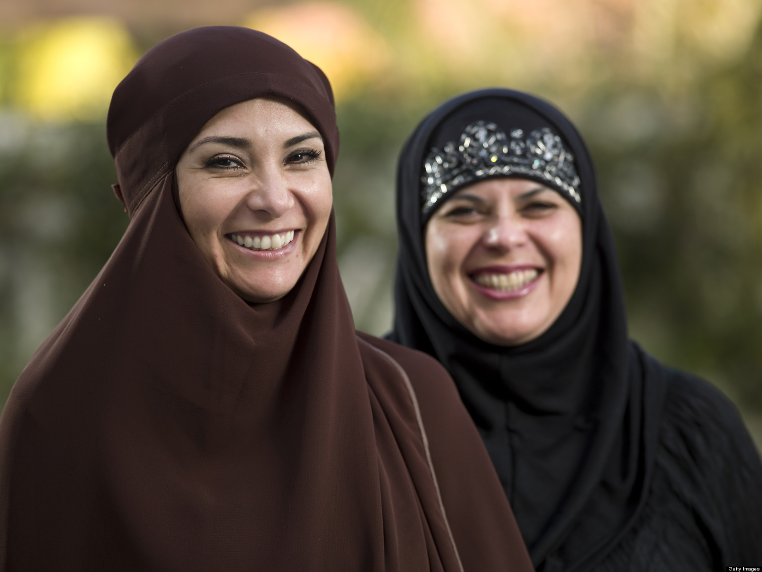 "muslim single women in port clinton Many americans fear that sharia, muslim religious law, may somehow be established in the united states, relegating women to third-class status in her book ""pure,"" however, linda kay klein."