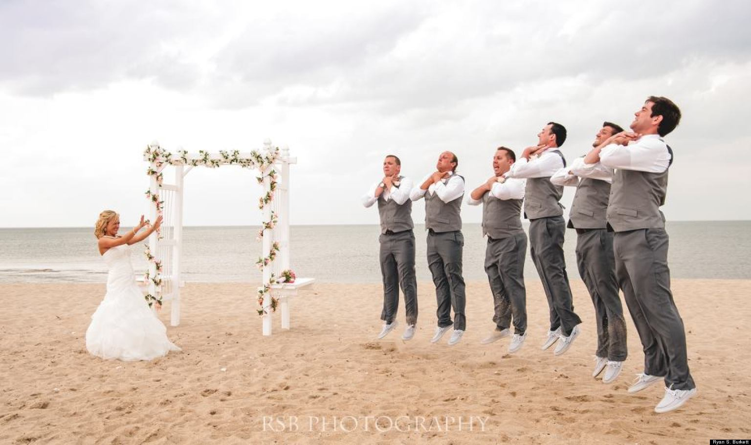 Star Wars\' Wedding Photo: Bride Shows Off Her Sith Powers In Awesome ...