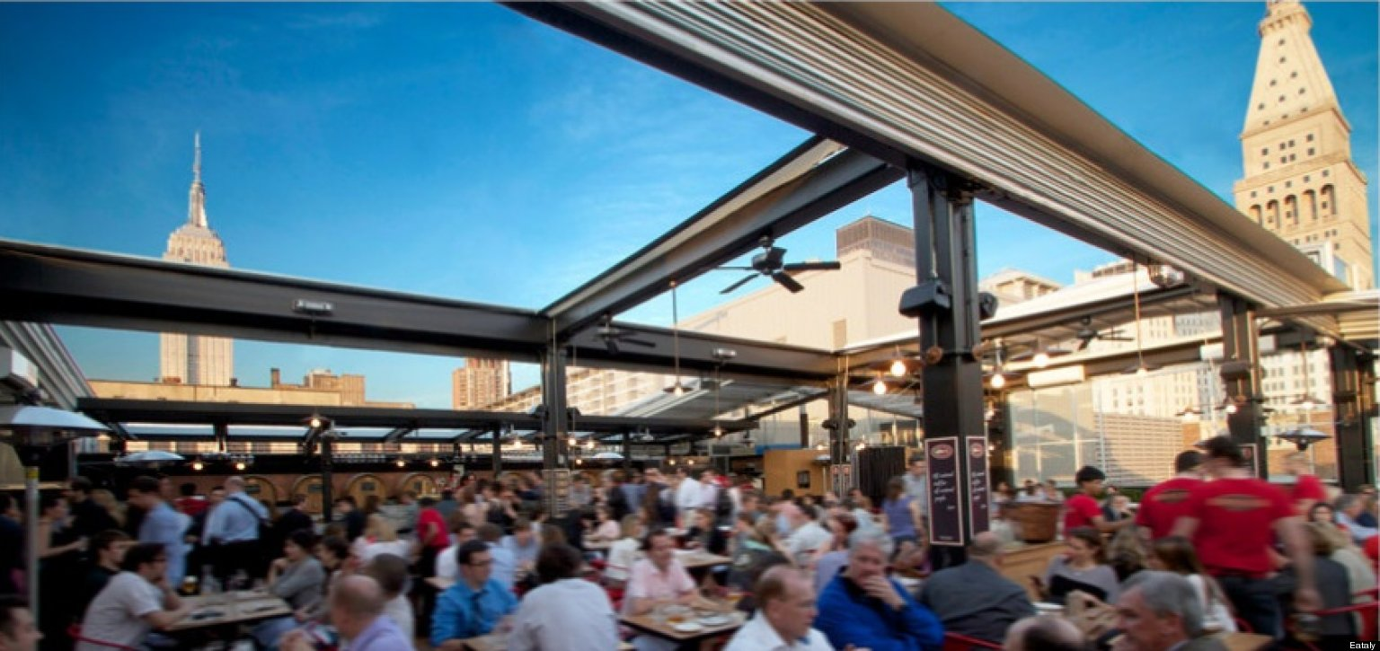 The best outdoor dining drinking places in new york city for Best outdoor dining
