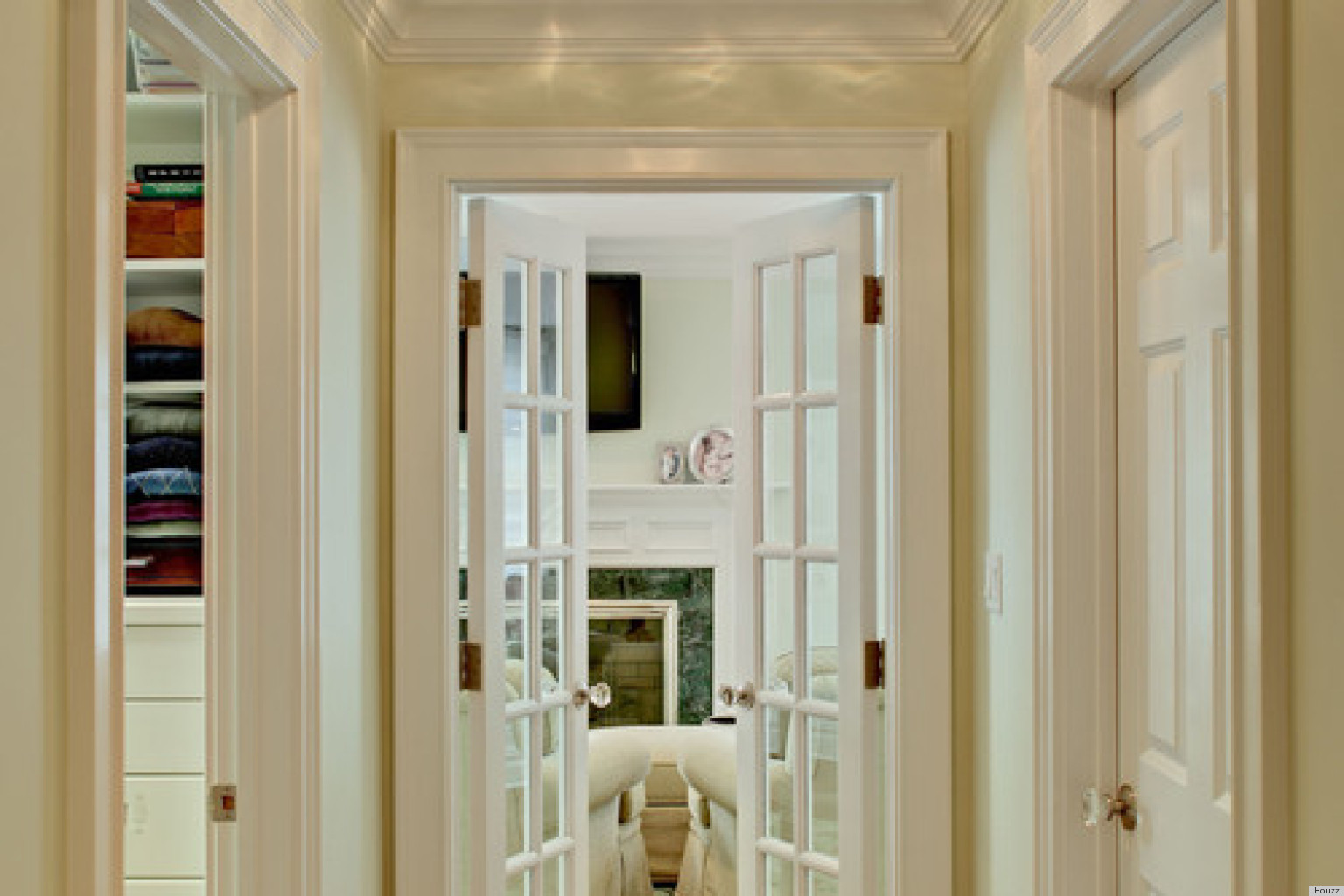 10 homes with french doors that are just so gorgeous for French main door designs