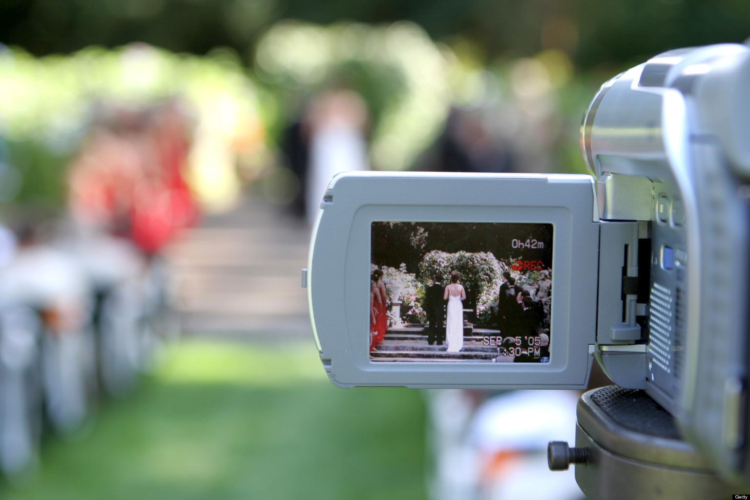 livestreaming wedding
