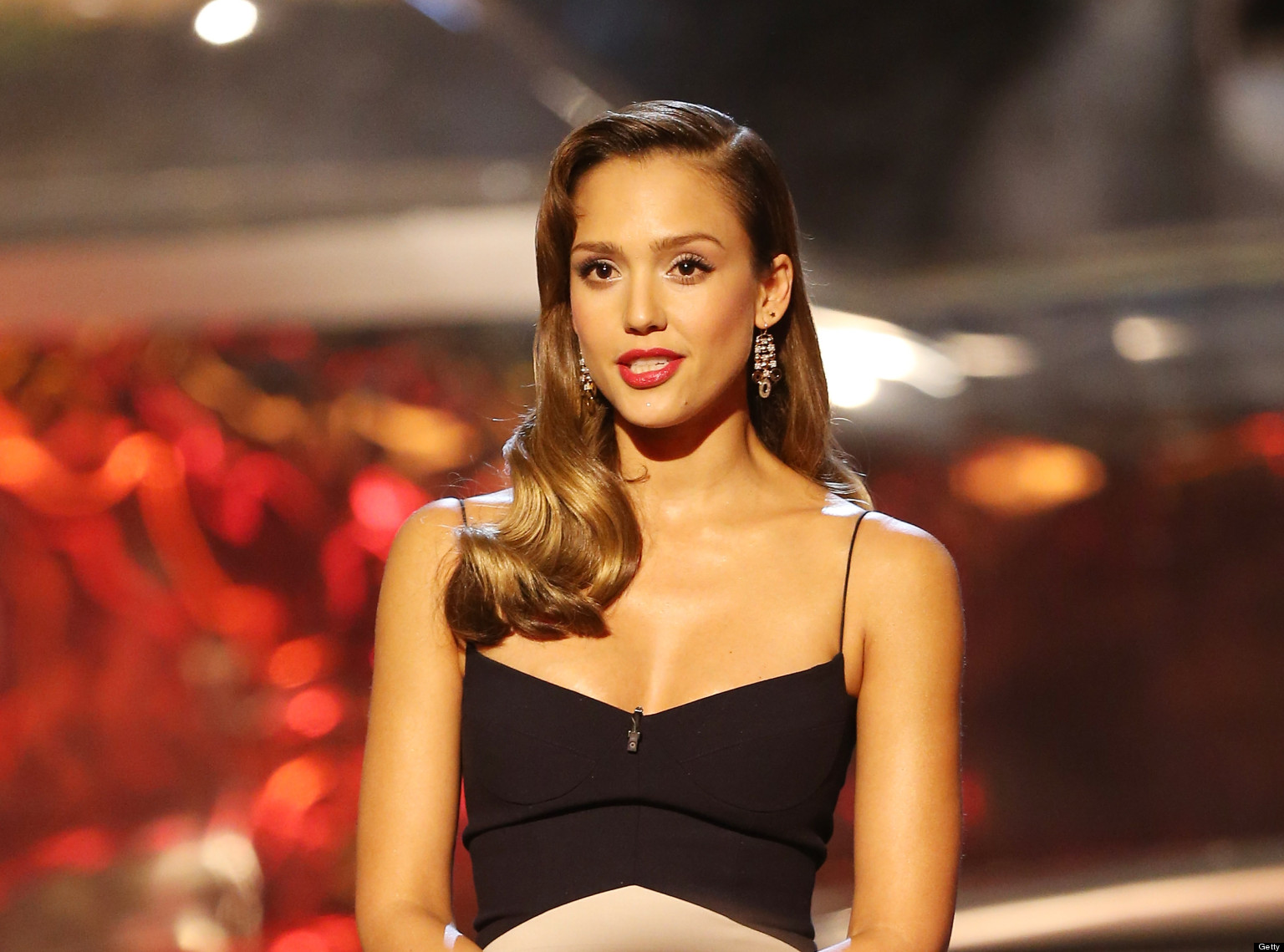 jessica alba and swimsuit sirens actress stuns in retro