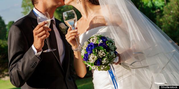 Wedding Planning Survey Finds 1 In 5 Men Choose Their Bride S Dress