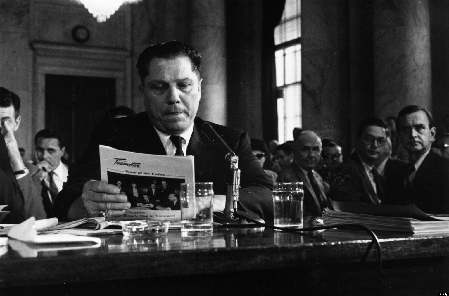 jimmy hoffa and the teamsters Hoffa is a 1992 american biographical crime film directed by danny devito and written by david mamet, based on the life of teamsters leader jimmy hoffamost of the story is told in flashbacks before ending with hoffa's mysterious disappearance.