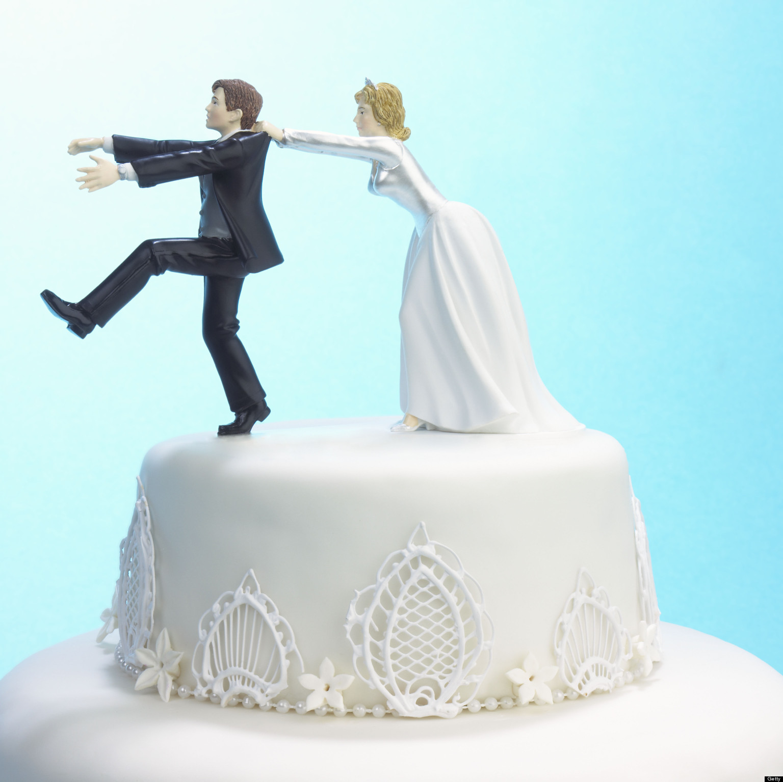 funny wedding cake images 8 reasons don t want to get married huffpost 14571