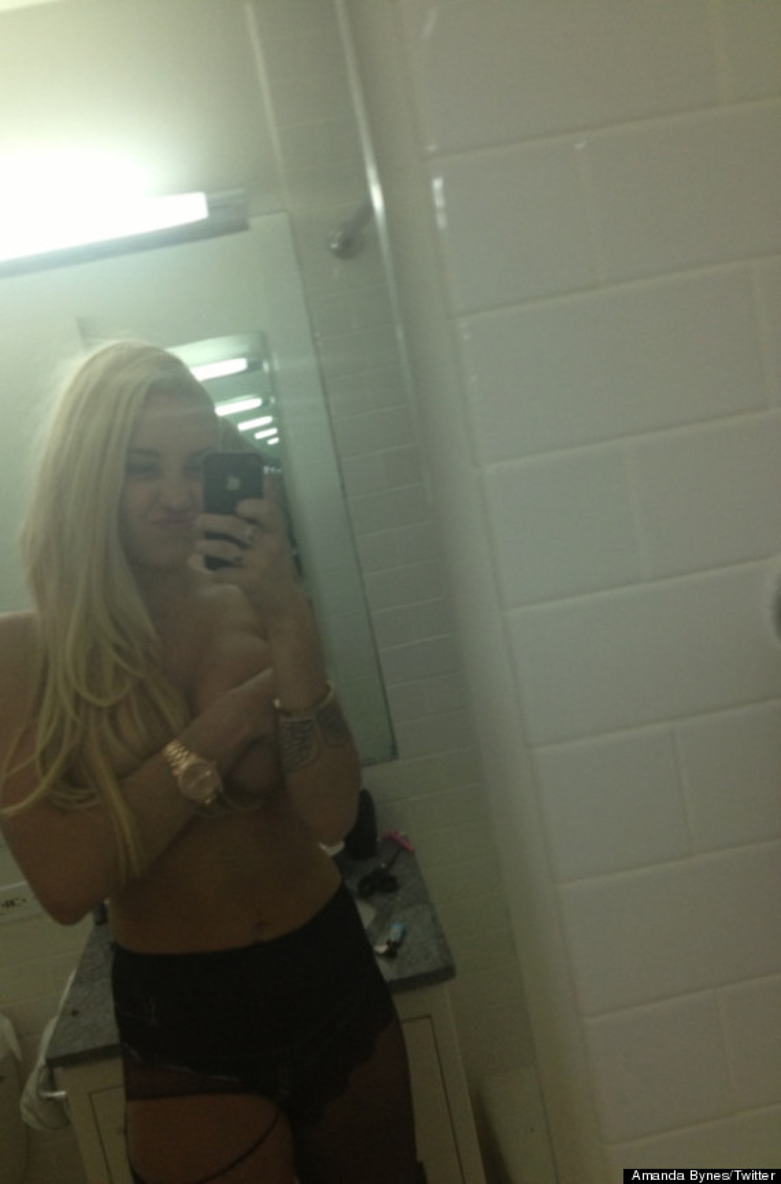 Amanda bynes fake nude pics 6