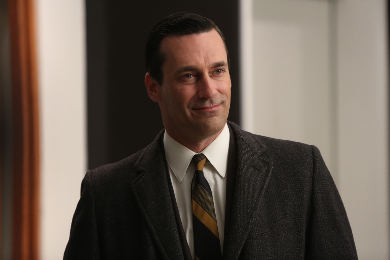 Mad Men Finale Shocking Revelations And Oh My That Dress Huffpost