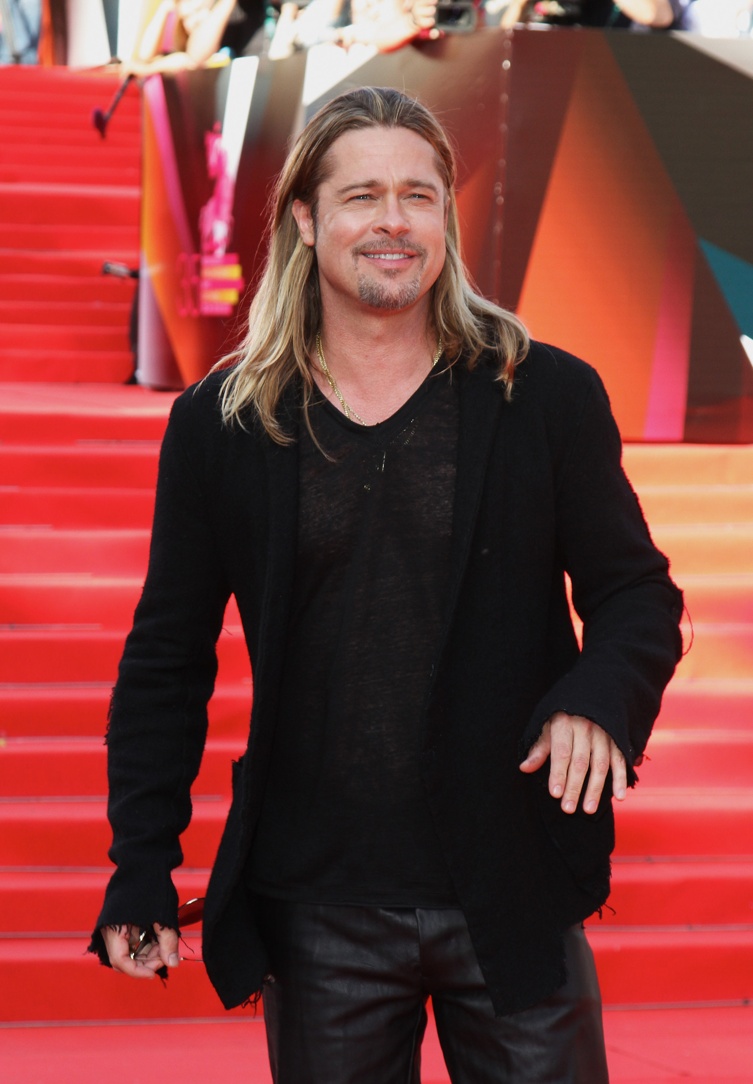 Brad Pitt In World War Z Russia Premiere Actor Has Not Aged 20 Years PHOTOS