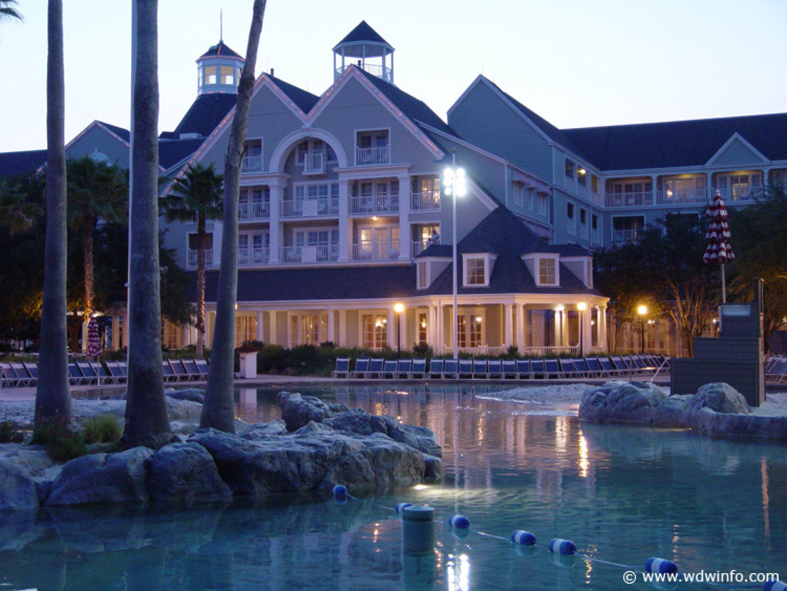 how to ask for an upgrade at a resort