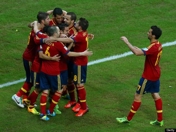 spain celebrate uruguay