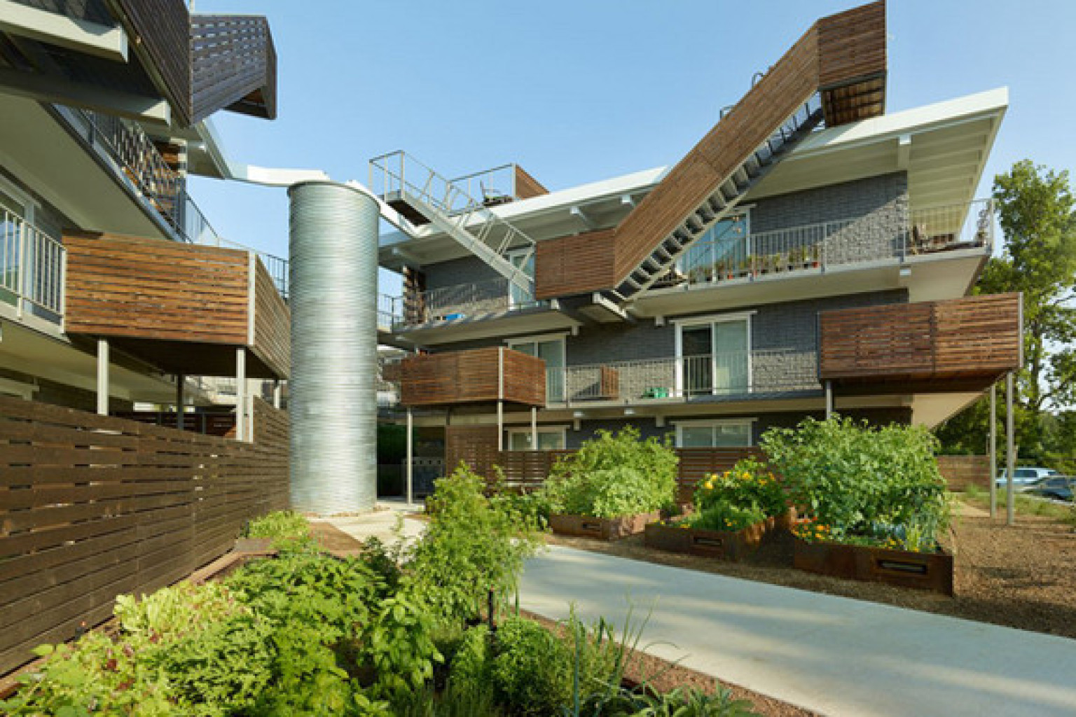 Sustainable architecture 5 reasons to love green for Sustainable homes design