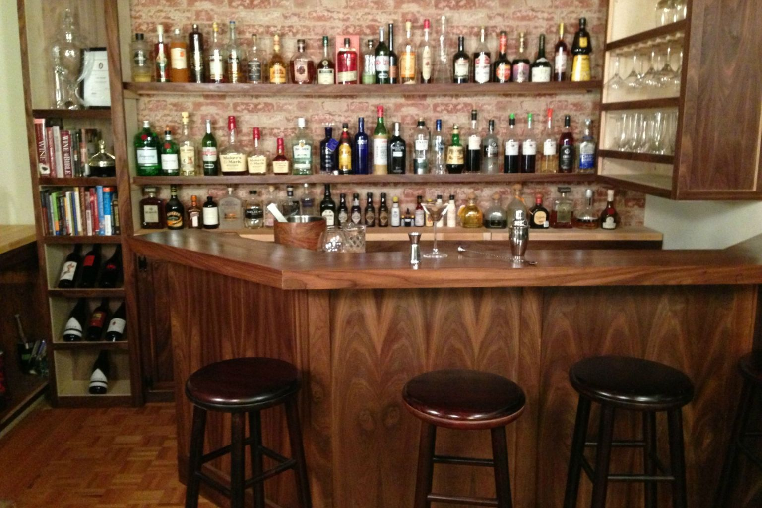 Home Bar Built By A Professional Bartender Takes Diying To A New Level Photo Huffpost