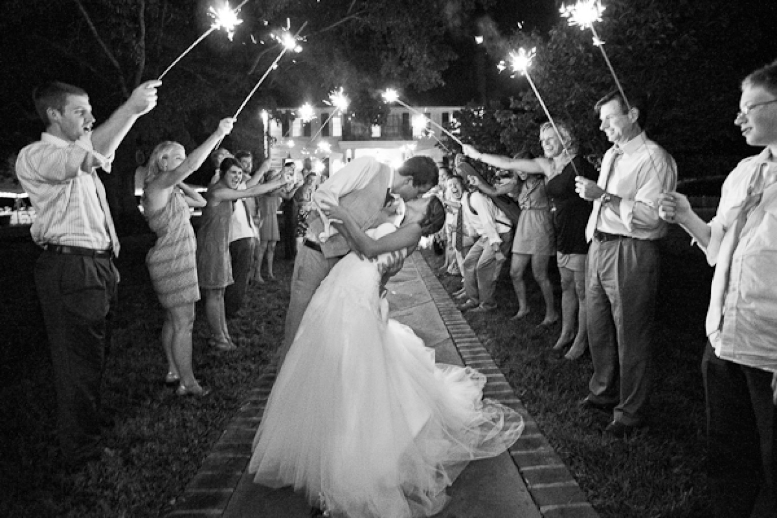 4th Of July Wedding Inspiration For Patriotic Celebrations PHOTOS