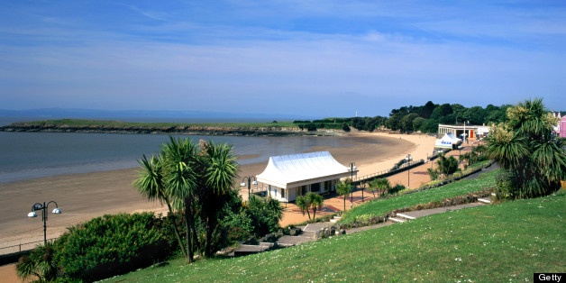 Promenade and beach, Whitemore bay, Barry Island, vale of Glamorgan, S. Wales