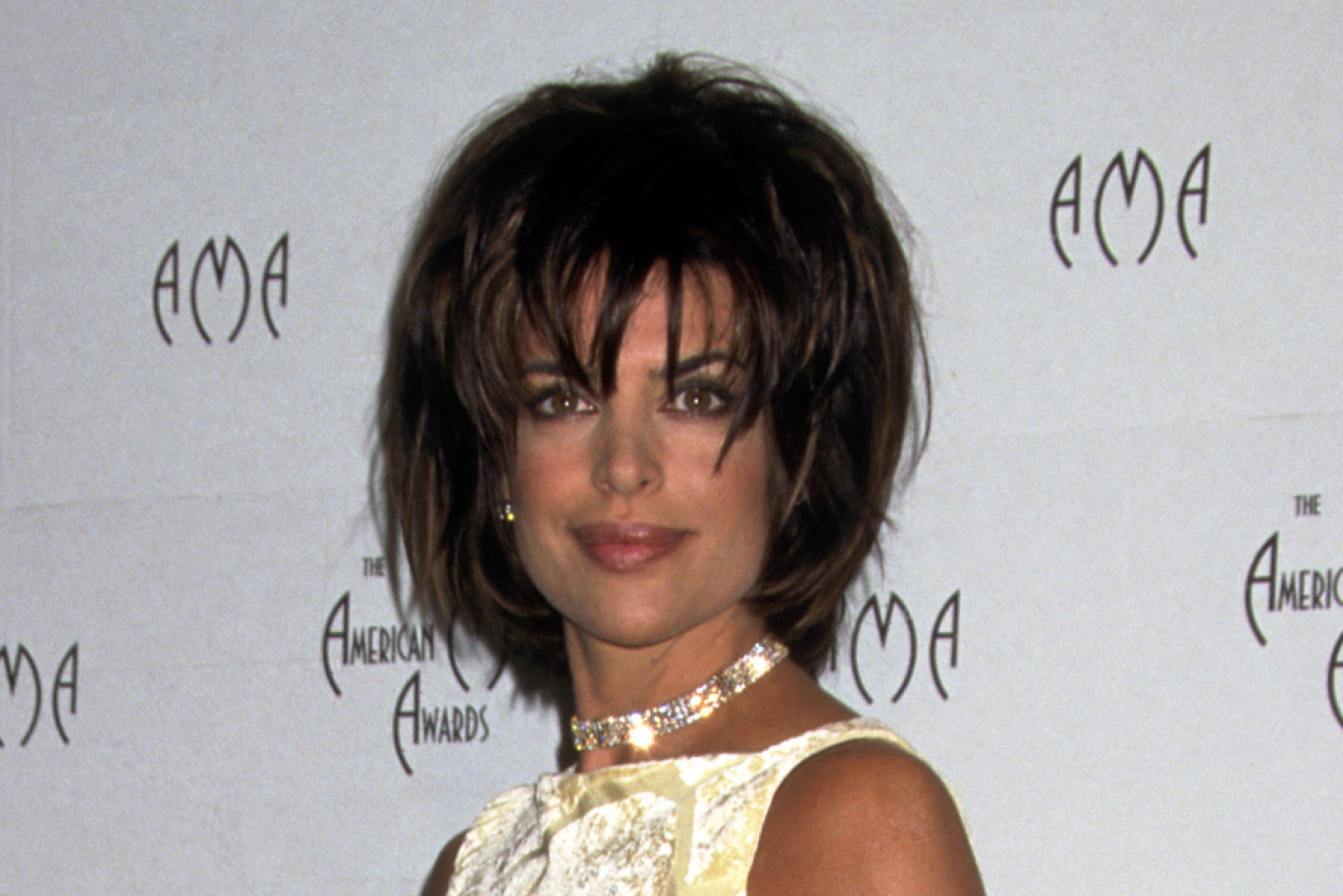 forget lisa rinna s lips let s relive this actress major style