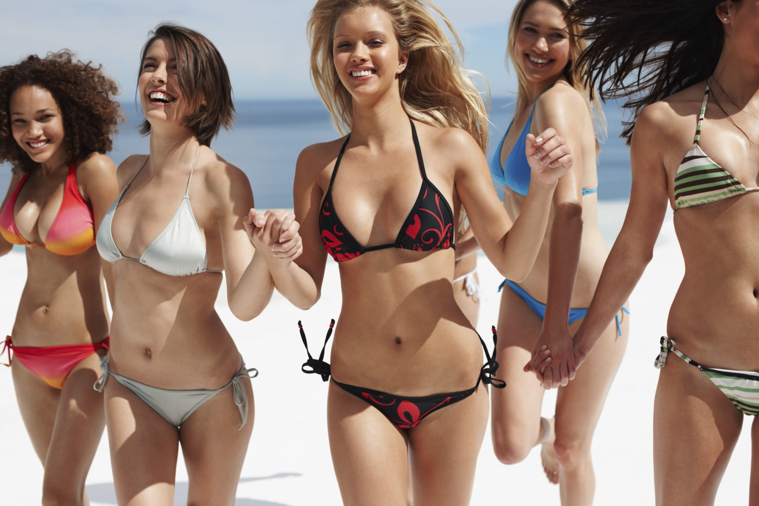 5 ways to compete with bikini babes on the beach | huffpost