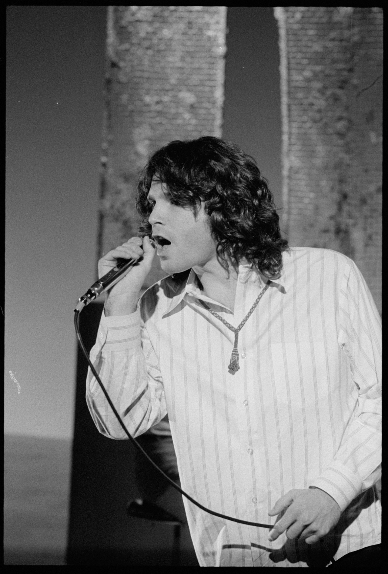 Jim Morrison\u0027s Childhood Home For Sale In Arlington Va. (PHOTOS) | HuffPost  sc 1 st  Huffington Post & Jim Morrison\u0027s Childhood Home For Sale In Arlington Va. (PHOTOS ...