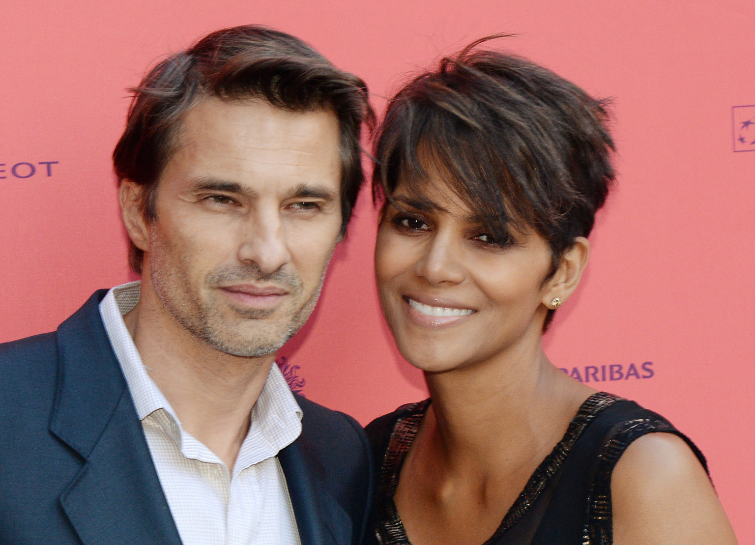 halle berry married actress ties the knot with olivier