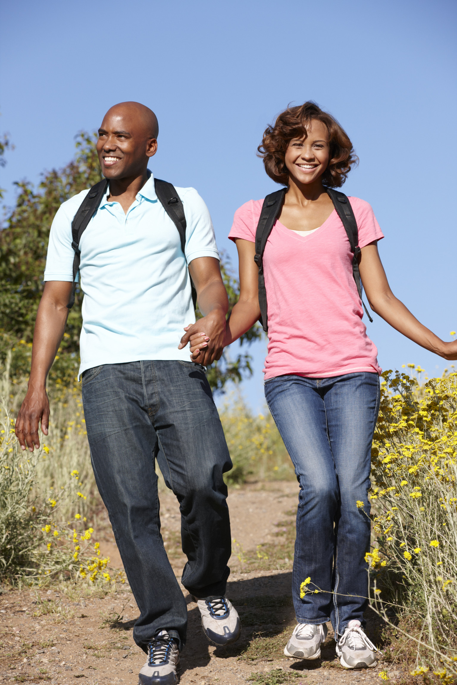 a walk in the park is a great date idea here s why huffpost