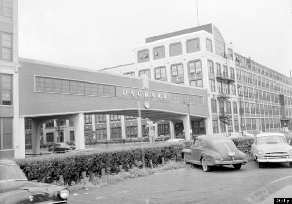 packard motor plant detroit 1954