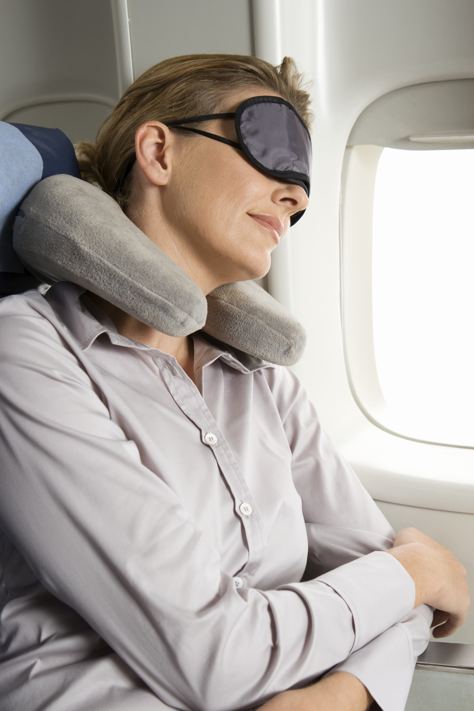 How to Survive a Red-Eye Flight