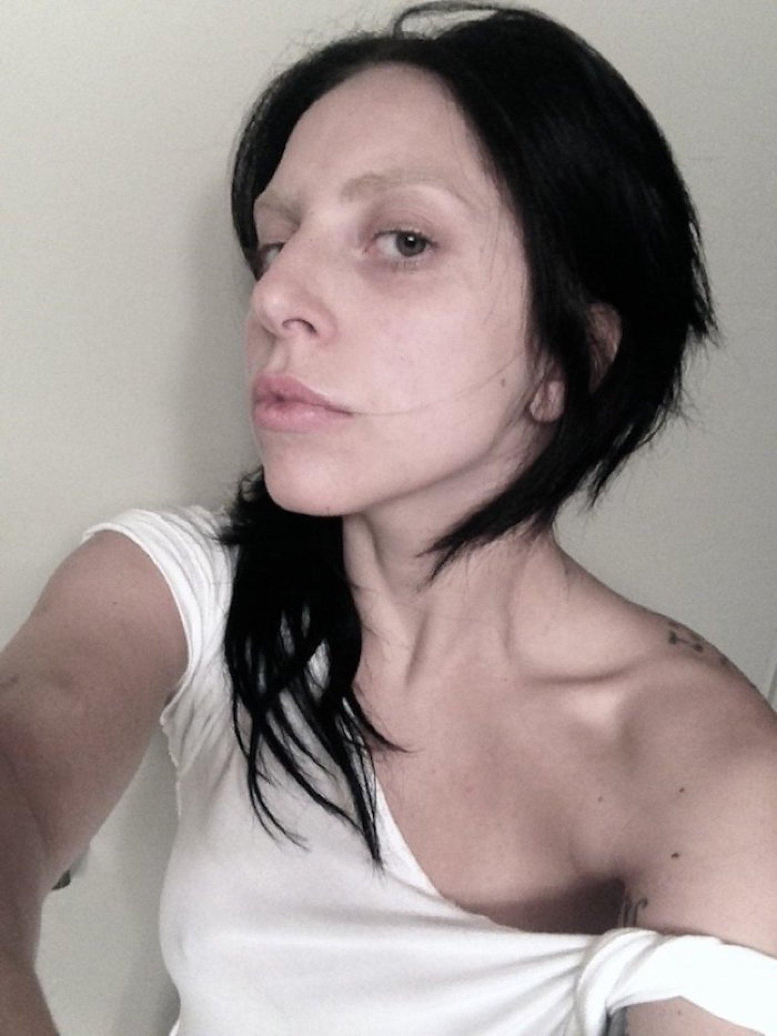 Селфи леди гаги без макияжа