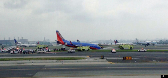 nyc airport plane crash