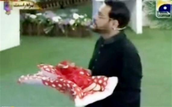 aamir liaquat hussain pakistan baby ramadan
