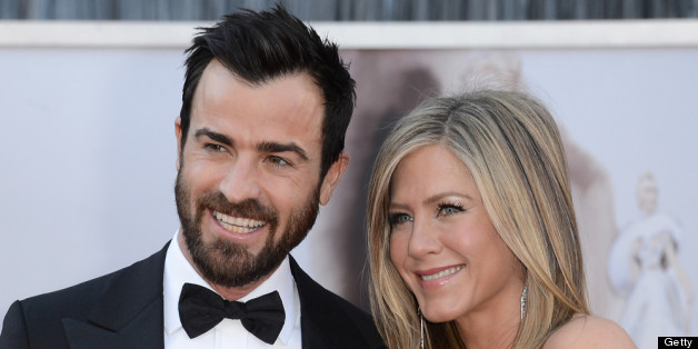 Jennifer Aniston And Justin Theroux 'Feel Married,' Have No Official Plans To Be 'Legally Married'