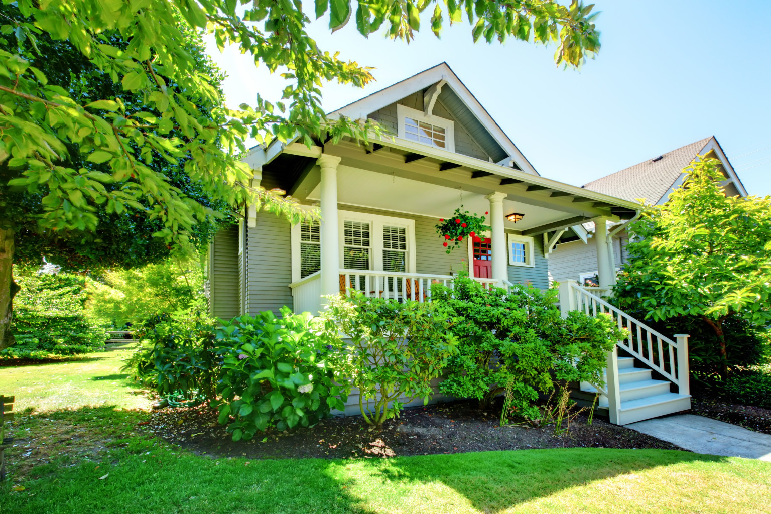 8 reasons to buy a 1 000 square foot house huffpost