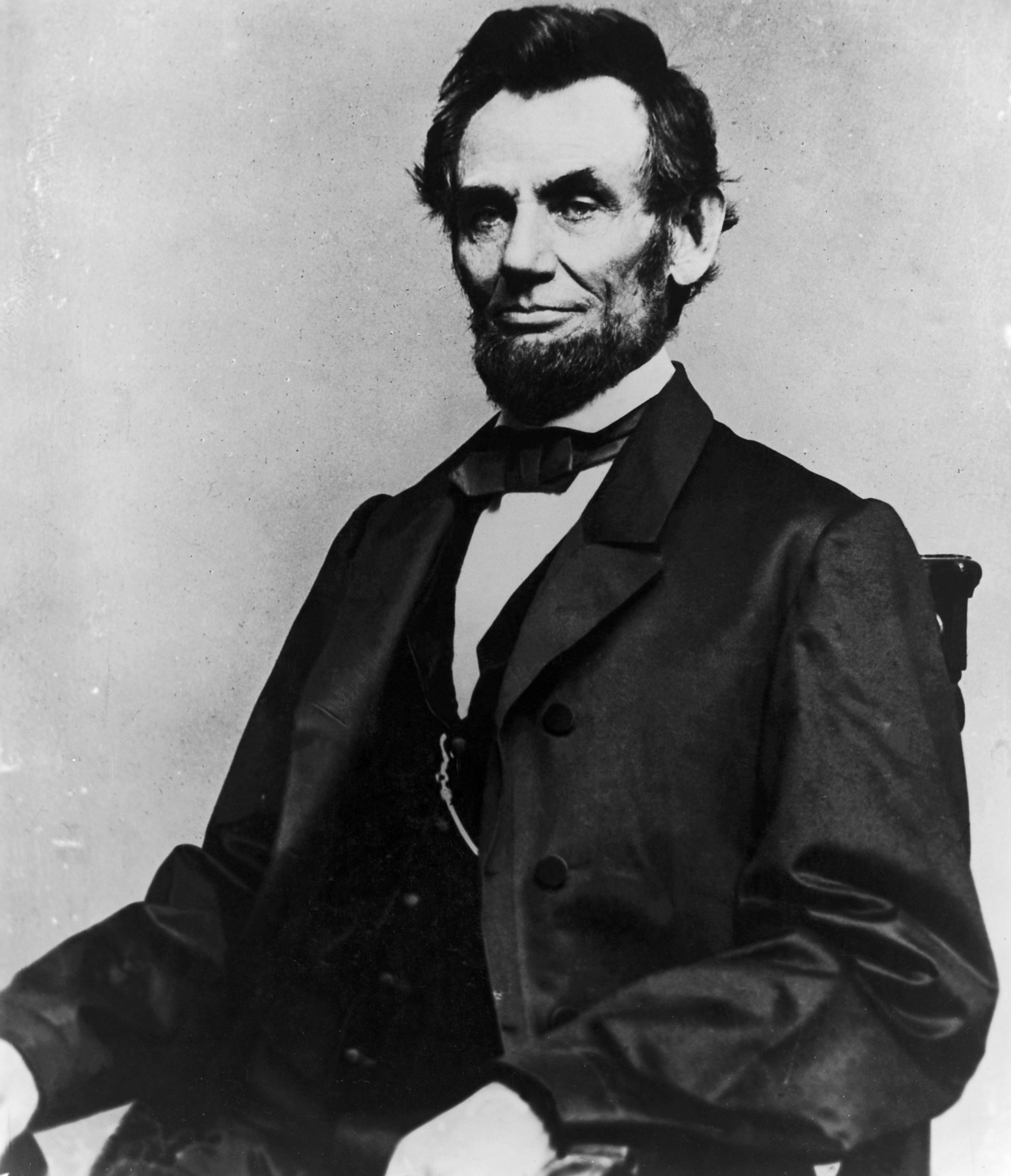 the significance of president abraham lincol In november 1863, president abraham lincoln was invited to deliver remarks, which later became known as the gettysburg address, at the official dedication ceremony for the national cemetery of.