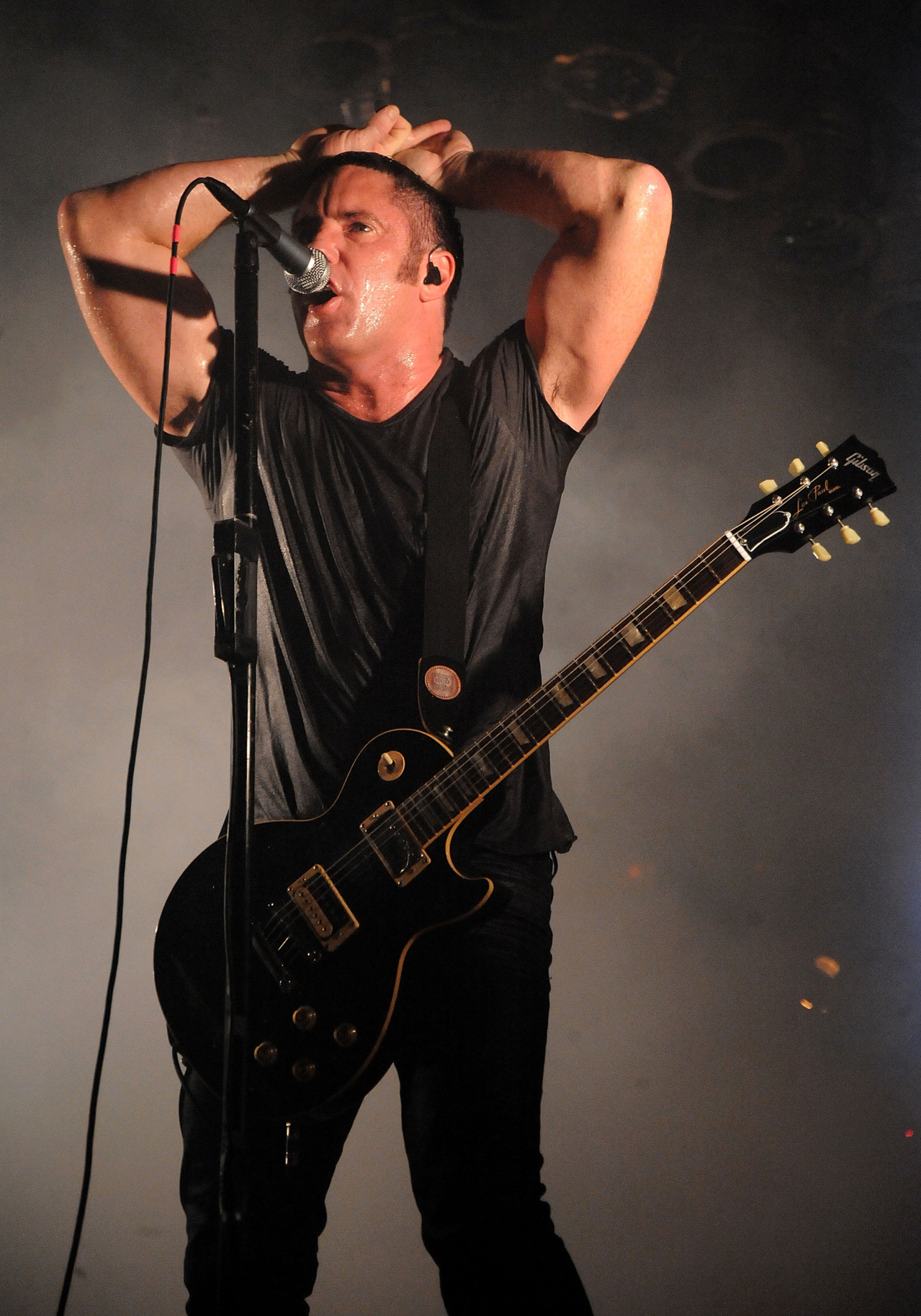 Nine Inch Nails Debuts \'Disappointed\' During Festival Gig (VIDEO ...