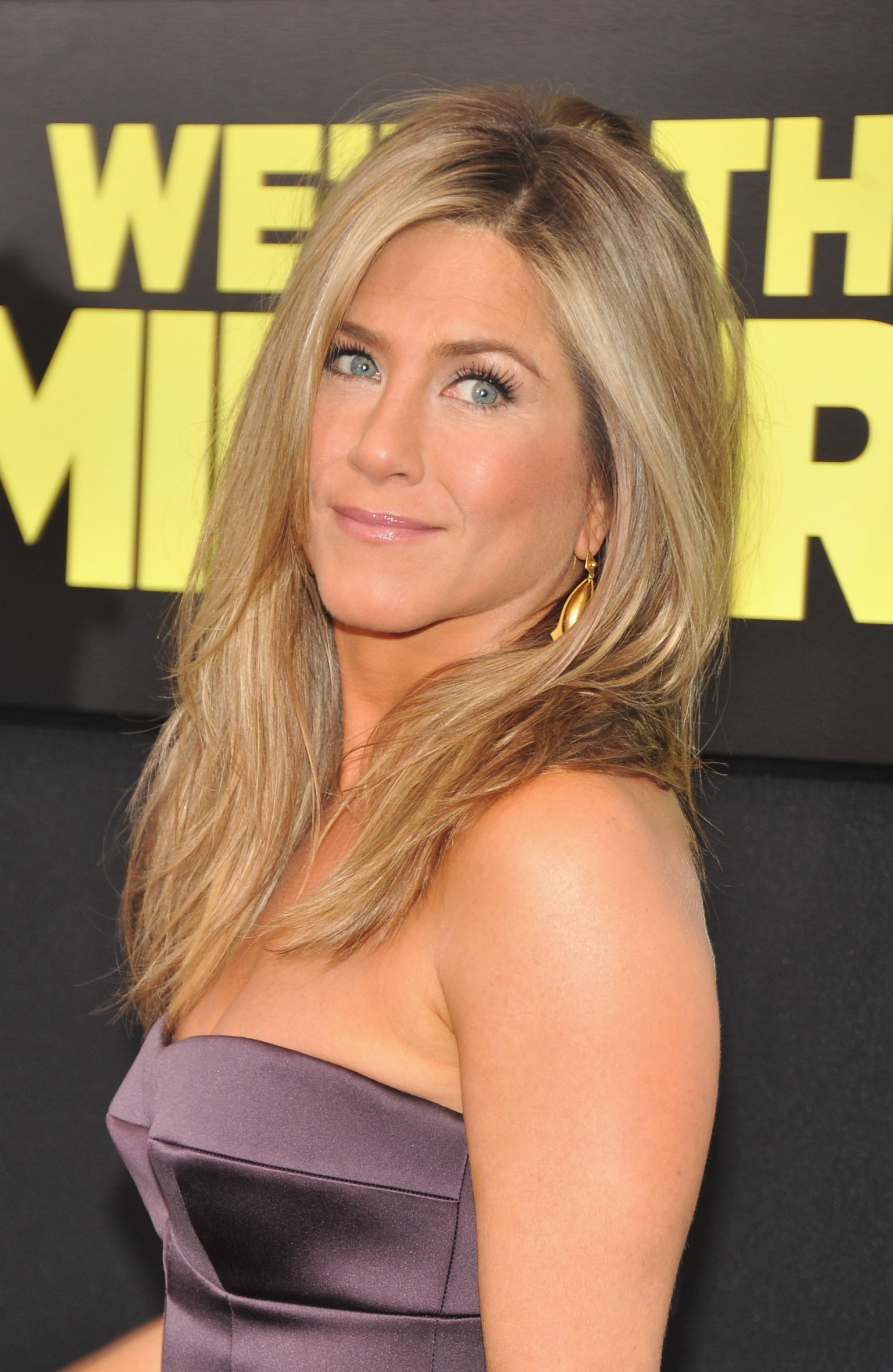 Jennifer Aniston Is Stunning With No Makeup In New ...